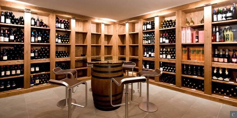 Villa_Benessere_(26)_-_Wine_Cellar___Tasting_Roomw