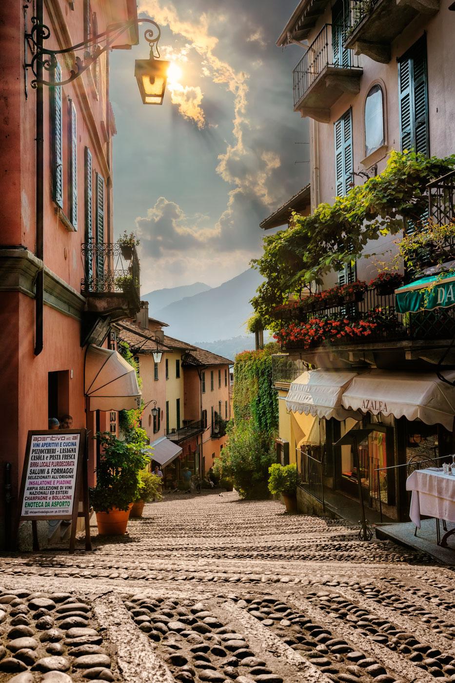 bellagio-scalinata-serbelloni-italy_l